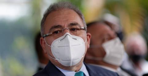 Placeholder - loading - Imagem da notícia Bolsonaro dá posse a Queiroga no gabinete, em cerimônia fora da agenda