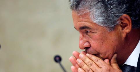 Placeholder - loading - Imagem da notícia Marco Aurélio, do STF, rejeita ação de Bolsonaro contra medidas de restrição nos Estados