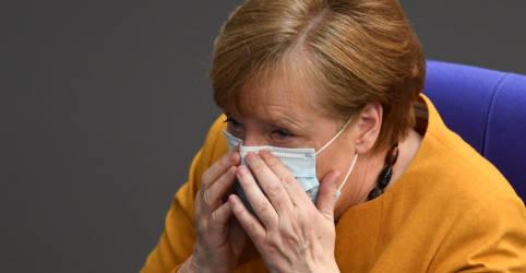 Placeholder - loading - Imagem da notícia Após reação, Merkel desiste de lockdown mais rígido durante a Páscoa