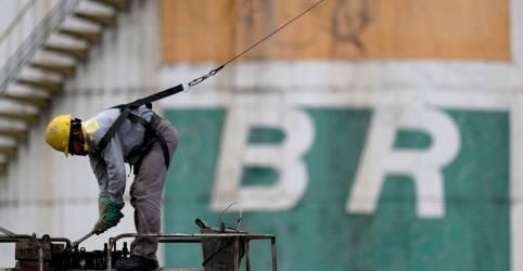 Placeholder - loading - EXCLUSIVO-Luna diz que parte da diretoria da Petrobras pode continuar e promete não ceder a pressões