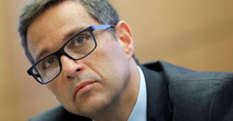 Placeholder - loading - Imagem da notícia Fazer 'mais e mais rápido' na política monetária reduz intensidade do ajuste total, diz Campos Neto