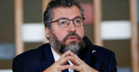 Placeholder - loading - Apesar de pressão para demissão de Araújo, Bolsonaro ainda tenta evitar troca de chanceler
