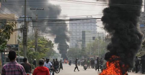 Placeholder - loading - Imagem da notícia Forças de segurança de Mianmar matam mais de 90 pessoas em dia 'horrível' de derramamento de sangue