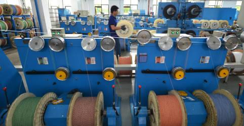 Placeholder - loading - Imagem da notícia Crescimento forte da indústria na China em março impulsiona recuperação, mostra PMI oficial
