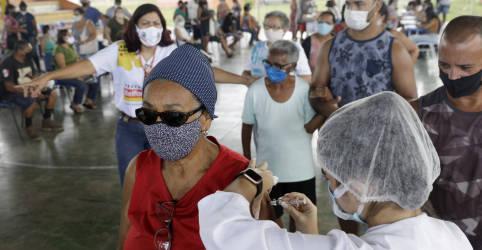 Placeholder - loading - Diferença entre doses de vacinas distribuídas e aplicadas é estoque para segunda dose, diz governador do Piauí