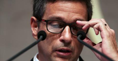 Placeholder - loading - Mudança em 'normalização parcial' demandaria alteração importante em perspectiva de inflação, diz Campos Neto