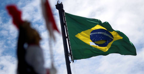 Placeholder - loading - Imagem da notícia Novo chanceler marca diferenças de Araújo ao tomar posse e defende cooperação sem exclusões e preferências