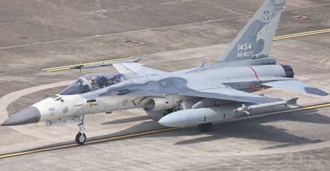 Placeholder - loading - Imagem da notícia Taiwan diz que lutará até o fim se China atacar
