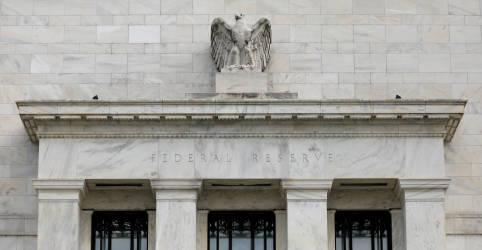 Placeholder - loading - Imagem da notícia EUA ainda estão longe das metas do Fed e suporte é necessário por 'algum tempo', mostra ata do Fomc