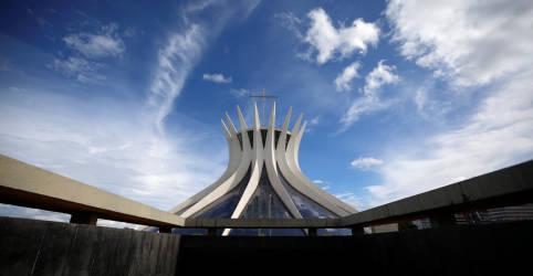 Placeholder - loading - STF permite que Estados e municípios proíbam cultos e missas presenciais em meio ao pico de Covid