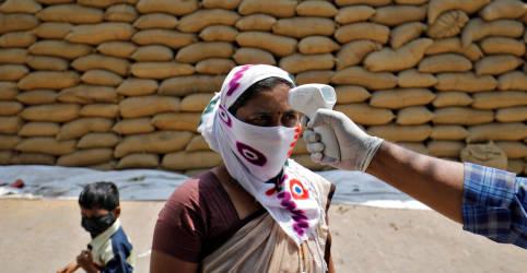 Placeholder - loading - Imagem da notícia Diante de disparada da Covid, Índia acelera aprovação de vacinas estrangeiras