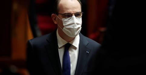 Placeholder - loading - França suspende todos voos de e para o Brasil, diz premiê