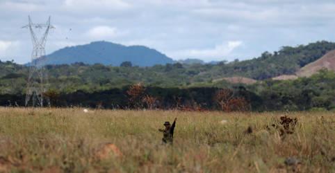 Placeholder - loading - Imagem da notícia Linhão de transmissão em Roraima terá receita definida em arbitragem, diz Aneel