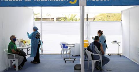 Placeholder - loading - Imagem da notícia Chile celebra eficácia de 67% da CoronaVac como 'divisor de águas' para vacina