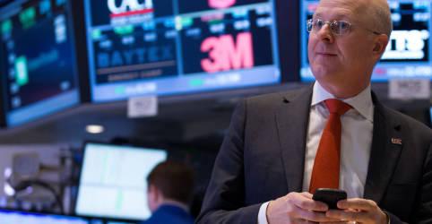 Placeholder - loading - Imagem da notícia Ibovespa tem nova semana de alta com recordes em NY e noticiário corporativo aquecido
