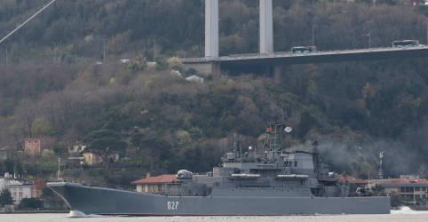 Placeholder - loading - Imagem da notícia Rússia reforça presença de navios de guerra no Mar Negro, tensões com Ucrânia aumentam