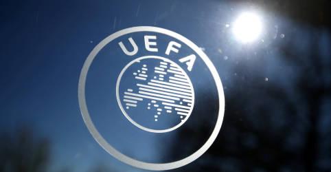 Placeholder - loading - Imagem da notícia Uefa convoca reunião de crise após criação de liga europeia dissidente