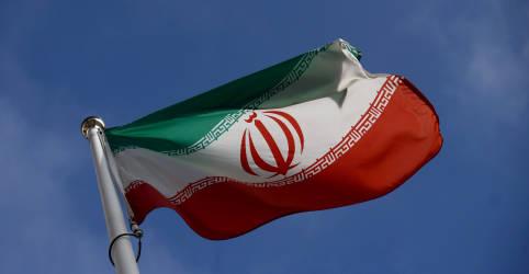 Placeholder - loading - Imagem da notícia Irã diz que enriquecimento de urânio a 60% visa mostrar destreza e é reversível