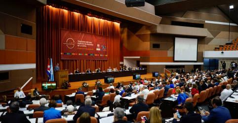 Placeholder - loading - Imagem da notícia América Latina deve manter política fiscal expansionista, diz Cepal