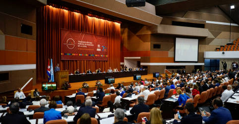 Placeholder - loading - América Latina deve manter política fiscal expansionista, diz Cepal