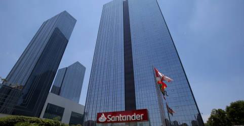 Placeholder - loading - Santander Brasil bate estimativa de lucro com provisão menor