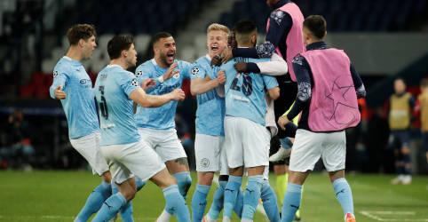 Placeholder - loading - Imagem da notícia Manchester City vence PSG de virada e abre vantagem na Champions