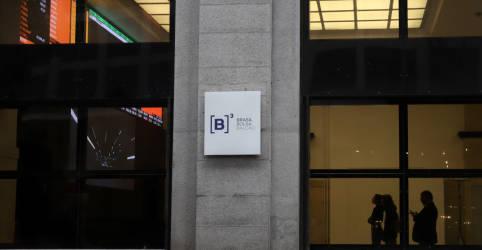Placeholder - loading - Imagem da notícia Ibovespa avança em dia de agenda intensa; Caixa Seguridade estreia em alta