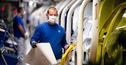 Placeholder - loading - Expansão da indústria da zona do euro tem máxima recorde em abril, mostra PMI