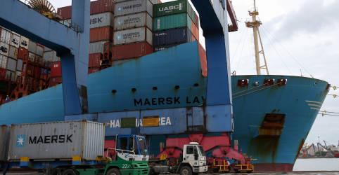 Placeholder - loading - Imagem da notícia Balança comercial brasileira tem superávit recorde de US$10,349 bi em abril