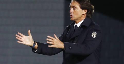 Placeholder - loading - Imagem da notícia Seleção de futebol da Itália é vacinada contra Covid-19 antes da Eurocopa