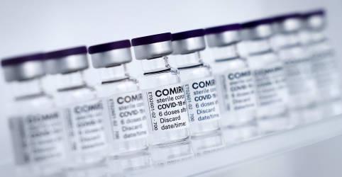 Placeholder - loading - Imagem da notícia Saúde determina intervalo de 12 semanas para vacina da Pfizer; bula recomenda 21 dias