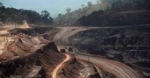 Placeholder - loading - Imagem da notícia Exportação de minério de ferro do Brasil vai superar receita da soja em 2021, diz AEB