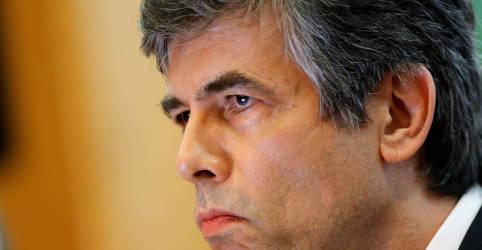 Placeholder - loading - Teich diz que percebeu que não teria autonomia e cita cloroquina como motivo de saída
