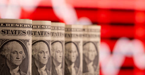 Placeholder - loading - Imagem da notícia Dólar vai às mínimas desde janeiro após Copom; mercado questiona espaço para mais quedas