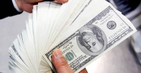 Placeholder - loading - Imagem da notícia Dólar emenda 6 semanas de queda e vai à mínima desde janeiro com exterior e BC