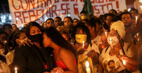 Placeholder - loading - Imagem da notícia Sobe para 28 número de mortos em operação policial no Jacarezinho