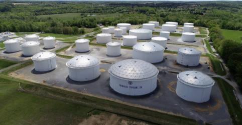 Placeholder - loading - Imagem da notícia Oferta de combustíveis nos EUA aperta com 5° dia de paralisação em oleodutos