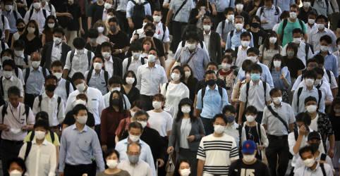 Placeholder - loading - Imagem da notícia Japão vê disseminação inédita da Covid e recorde de casos em Tóquio
