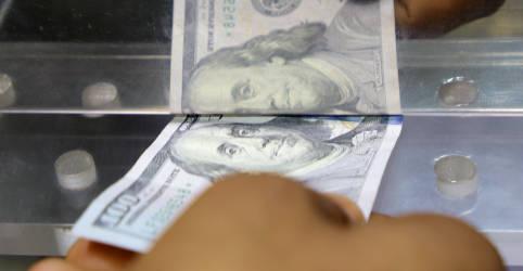 Placeholder - loading - Dólar fecha com variação negativa de 0,03%, a R$5,189