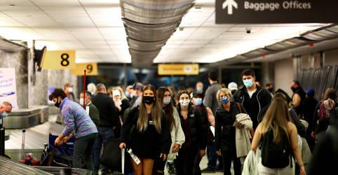 Placeholder - loading - EXCLUSIVO-EUA elaboram plano para exigir vacinação de visitantes estrangeiros