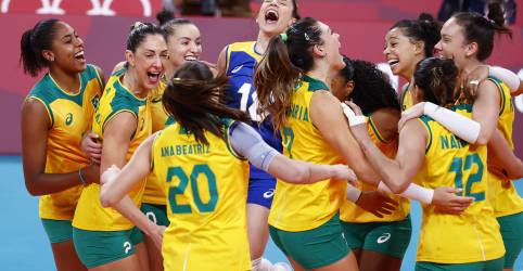 Placeholder - loading - Imagem da notícia Brasil bate Coreia do Sul e pega EUA na final do vôlei feminino em Tóquio