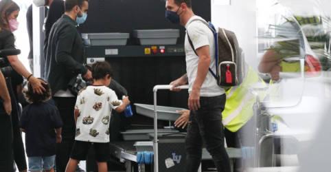 Placeholder - loading - Messi vai assinar com PSG nesta terça-feira, diz pai do jogador