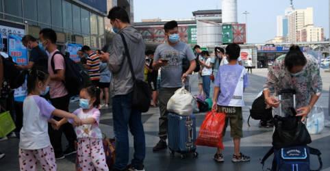 Placeholder - loading - Novo surto de Covid da China atinge setores de serviço, viagem e hospedagem