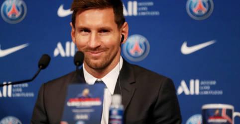 Placeholder - loading - Messi faz primeiro treino no PSG