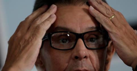 Placeholder - loading - Imagem da notícia Roberto Jefferson é preso pela PF em inquérito que investiga milícias digitais