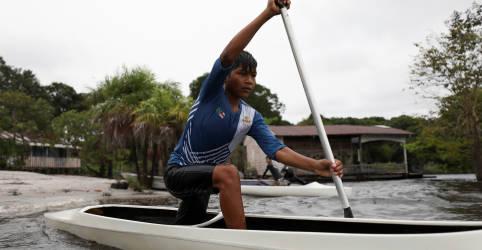 Placeholder - loading - Imagem da notícia Isaquias Queiroz inspira indígenas da Amazônia a buscar sucesso olímpico na canoagem