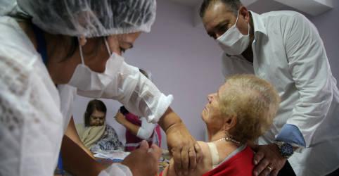 Placeholder - loading - Anvisa rejeita ampliação da CoronaVac para 3 a 17 anos; recomenda 3ª dose em idosos e imunosuprimidos