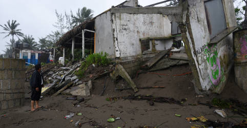 Placeholder - loading - Ao menos 7 morrem após passagem de furacão no México