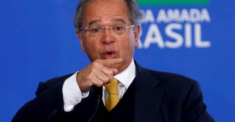 Placeholder - loading - Imagem da notícia Guedes critica 'negacionistas' da economia e diz que desempenho do país vai surpreender de novo