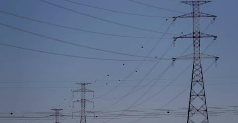 Placeholder - loading - Brasil tem meta de reduzir carga de energia em 10% com cortes voluntários, diz fonte